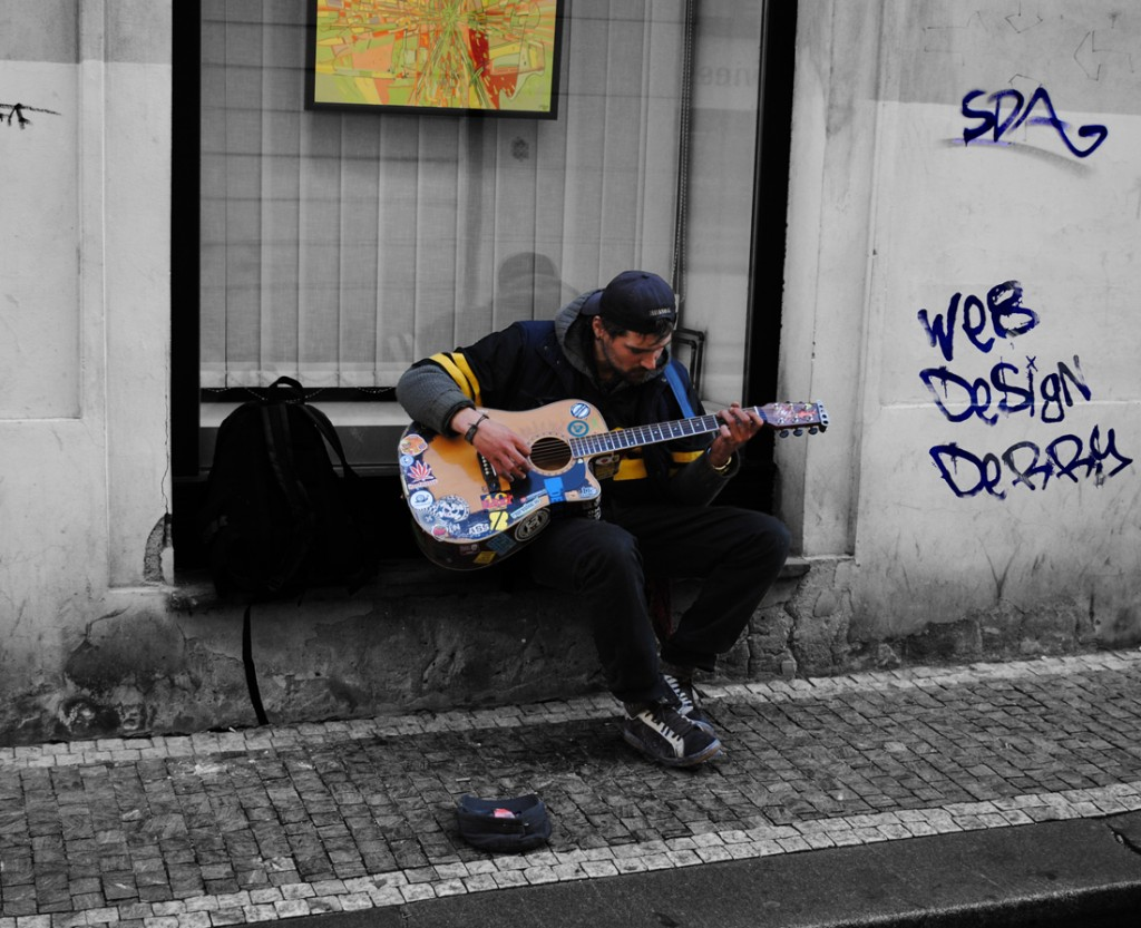 web design derry grafitti guitarist - graphic design derry - photography